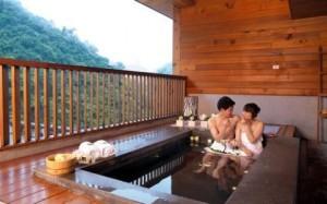 hot-spring-resort-300x187